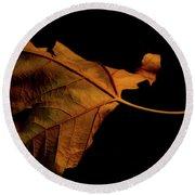 Autumn Solitary Leaf Round Beach Towel