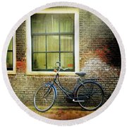 Round Beach Towel featuring the photograph Avancer Bicycle by Craig J Satterlee