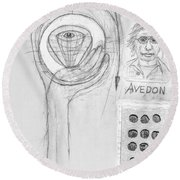 Avedon Master Of The Lens Round Beach Towel