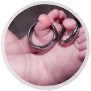 Baby Feet With Wedding Rings Round Beach Towel
