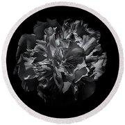Backyard Flowers In Black And White 25 Round Beach Towel