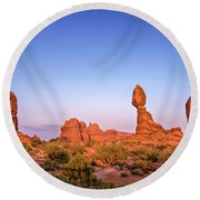 Balanced Rock, Arches National Park Round Beach Towel