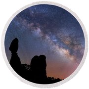Round Beach Towel featuring the photograph Balanced Rock Milky Way by Darren White