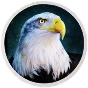 Bald Eagle Close Up Round Beach Towel