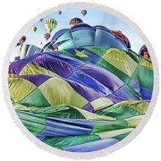 Ballooning Waves Round Beach Towel
