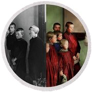 Barber - Haircut Day 1918 - Side By Side Round Beach Towel