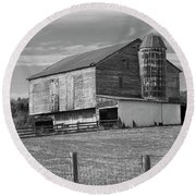 Round Beach Towel featuring the photograph Barn 1 by Mike McGlothlen