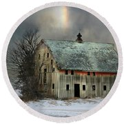 Barn And Sundog Round Beach Towel