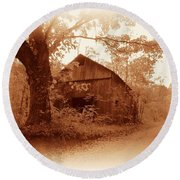 Barn Hocking Co Ohio Sepia Round Beach Towel