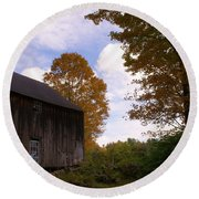 Barn In Fall Round Beach Towel by Lois Lepisto