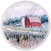 Barn On Weinman Road Round Beach Towel