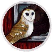 Barn Owl Beauty Round Beach Towel