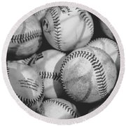 Baseballs In Black And White Round Beach Towel
