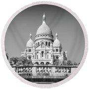 Basilica Of The Sacred Heart In Paris Round Beach Towel