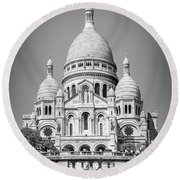 Basilica Of The Sacred Heart In Montmartre Round Beach Towel