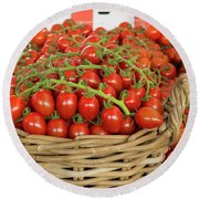 Basket With Red Tomatoes Round Beach Towel