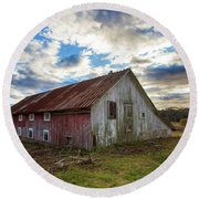 Bay Avenue Barn Round Beach Towel