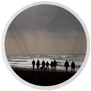 Beach Day Silhouette Round Beach Towel