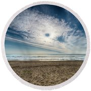 Beach Sand With Clouds - Spiagggia Di Sabbia Con Nuvole Round Beach Towel