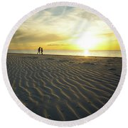 Beach Silhouettes And Sand Ripples At Sunset Round Beach Towel