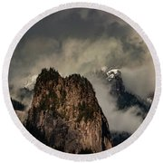 Beacon Rock Round Beach Towel