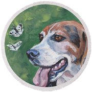 Beagle And Butterflies Round Beach Towel