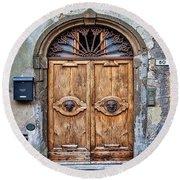 Beautiful Entrance In Tuscany, Italy Round Beach Towel