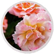Beautiful Flowers In Cambridge Round Beach Towel
