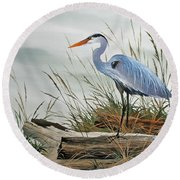 Beautiful Heron Shore Round Beach Towel