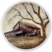 Beautiful Red Barn-near Ogden Round Beach Towel