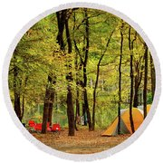 Beaver's Bend Camping Round Beach Towel