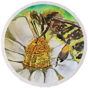 Bee Collecting Nectar And Pollen Round Beach Towel