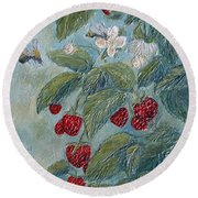 Bees Berries And Blooms Round Beach Towel