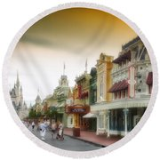 Before The Gates Open Magic Kingdom With Castle Round Beach Towel