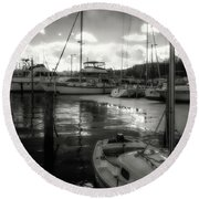 Bell Haven Docks Round Beach Towel