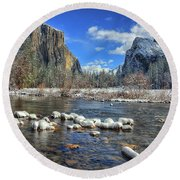 Best Valley View Yosemite National Park Image Round Beach Towel