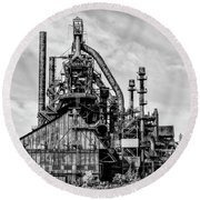 Bethlehem Pa Steel Plant  Side View In Black And White Round Beach Towel by Bill Cannon