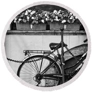 Bicycle With Flowers Round Beach Towel