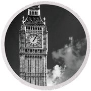 Big Ben And Clouds Bw Round Beach Towel
