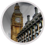 Big Ben And Parliament Round Beach Towel