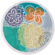 Big Flowers Round Beach Towel