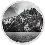 Big Snowy Mountain In Black And White Round Beach Towel