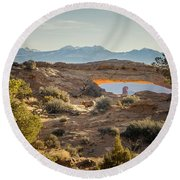 Bighorn Sheep And Mesa Arch Round Beach Towel