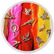 Bird Icons And Rainbow Feathers Round Beach Towel