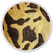 Black And Gold Mask Round Beach Towel