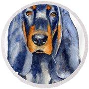 Black And Tan Coonhound Dog Round Beach Towel