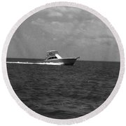 Black And White Boating Round Beach Towel