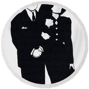 Black And White Couple Round Beach Towel