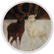 Black And White Fallow Deers Round Beach Towel