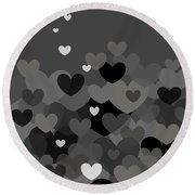 Black And White Heart Abstract Round Beach Towel